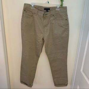 Tommy Hilfiger Khakis Chinos Relaxed Fit Pants